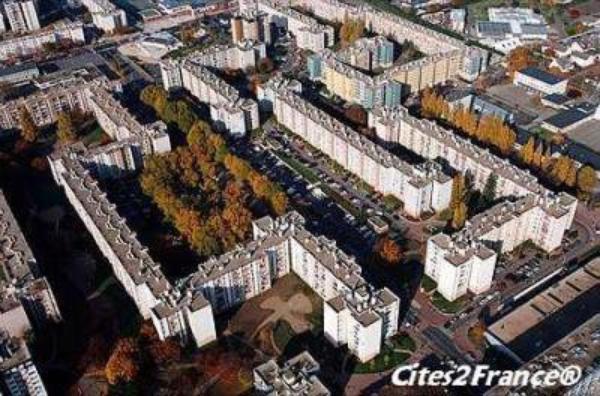 Seine-Saint-Denis : une agence Western Union attaqu�e, 166.000 euros d�rob�s