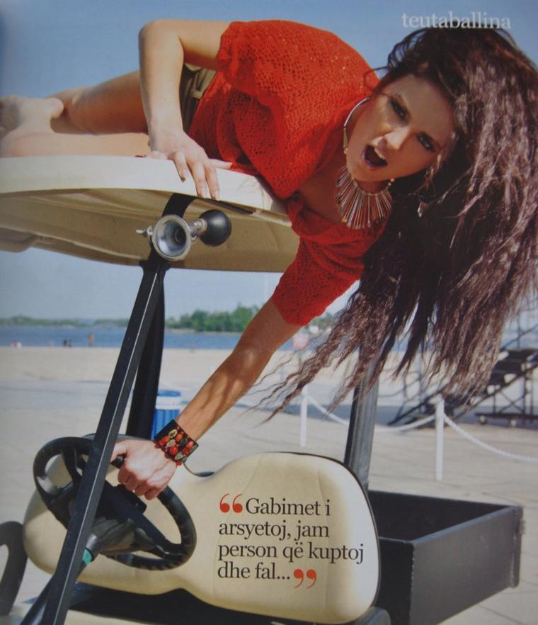 """Genta Ismajli - Foto nga Revista """"Teuta"""" korrik/gusht 2011"""