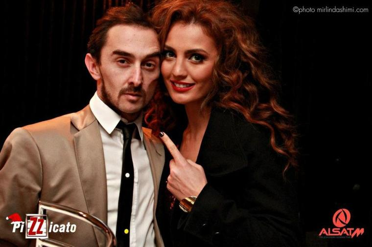 Genta Ismajli - Xhirimet e vitit te ri 2012 ne Alsat M