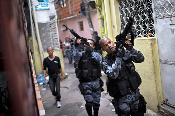 Violences policières, expulsions forcées : à Rio, les droits de l'homme victimes collatérales des JO ?