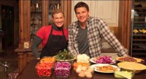 • • Vidéo + Photo qui date du début de l'année 2011 ! David reçoit chez lui Kathy Kaehler !  • •