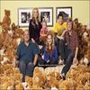 .     « Qualité + de la 1ère photo promotionnelle de Good Luck Charlie »   Si Alvin & Les Chipmunks ne vous dit rien mais que    vous aimez bien Bridgit, sachez qu'elle joue dans ce film.          .