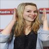 .   « Bridgit est nominée aux        .  Teen Choice Awards 2010        .  dans la catégorie star montante féminine »         .