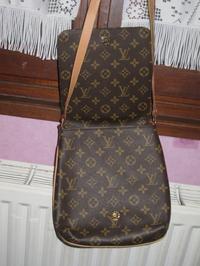 5175602aec5 Sacoche Louis Vuitton Paris New Delhi