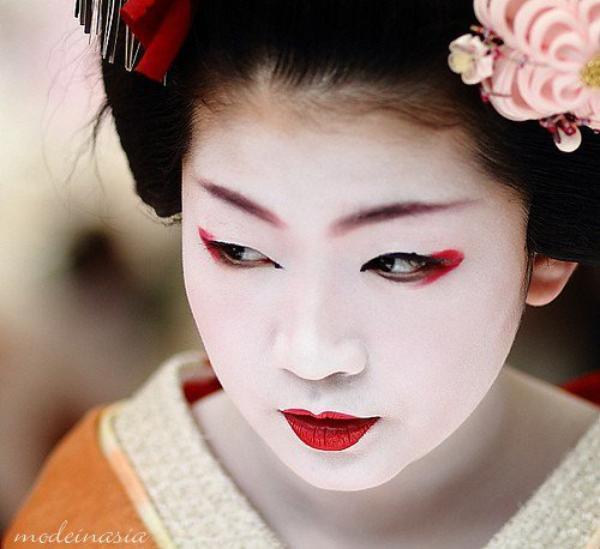 maquillage femme japonaise