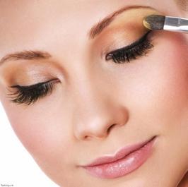 exemple de maquillage pour yeux bleus bienvenue vous trouverez beaucoup de. Black Bedroom Furniture Sets. Home Design Ideas
