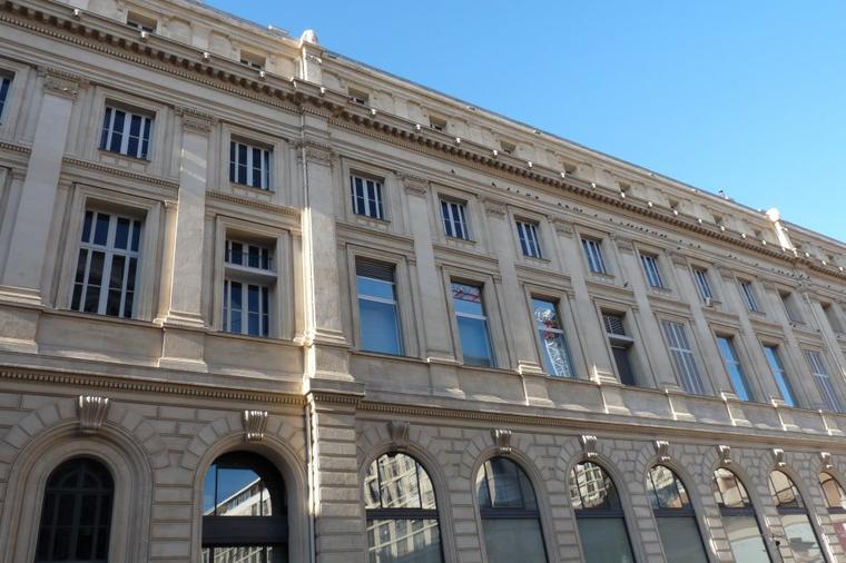 Avant premi re marseille 2013 vieux port et chambre de for Chambre de commerce marseille provence