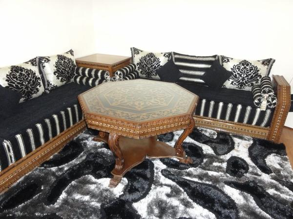 Salon marocain nekch tissu noir argent 100 oriental for Salon traditionnel marocain vert