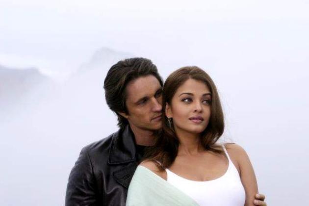 Lalila et darcy amoureux 39 dans coup de foudre a bollywood - Aishwarya rai coup de foudre a bollywood ...