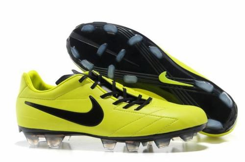 chaussure foot nike pas cher crampon nike mercurial nike ctr360 pas cher en salle blog de. Black Bedroom Furniture Sets. Home Design Ideas