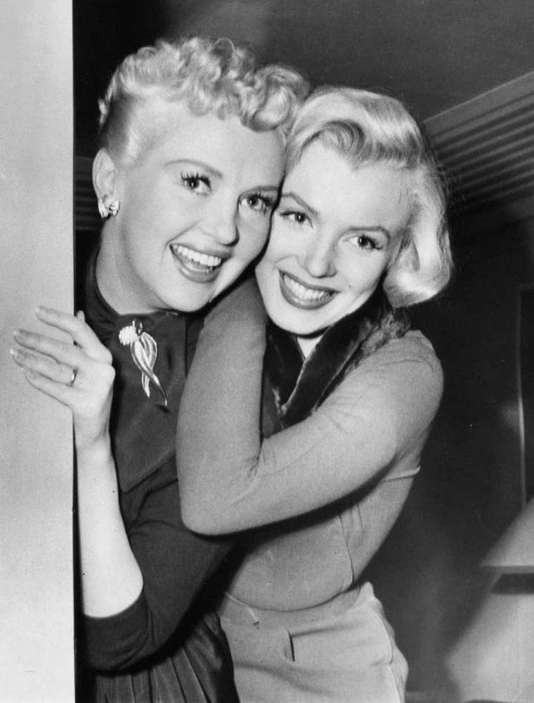 Articles de legend marilyn monroe tagg s 1953 how to - Femmes et hommes qui font l amour au lit ...