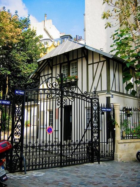 Tremblez paris est hant normal paranormal - La maison hantee paris ...