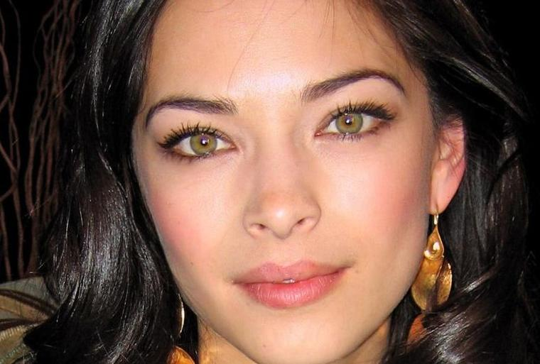 Vampire your 1 french source for kristin kreuk - Les plus beau yeux vert ...