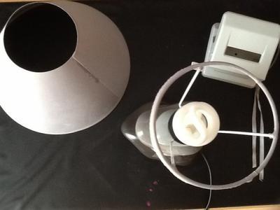 diy r parer sa lampe de chevet. Black Bedroom Furniture Sets. Home Design Ideas