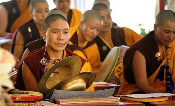 La femme bête noire des religions : La femme dans le bouddhisme (6/6) - Kapitalis