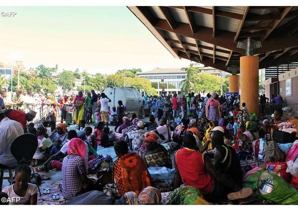 Selon la Cimade, un millier de personnes ont été expulsées de chez eux lors des quatre derniers mois sur l'île française de Mayotte. Le Secours Catholique esti...