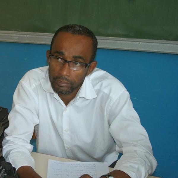 COMORES : Agwoi est libre, mais la presse reste menacée