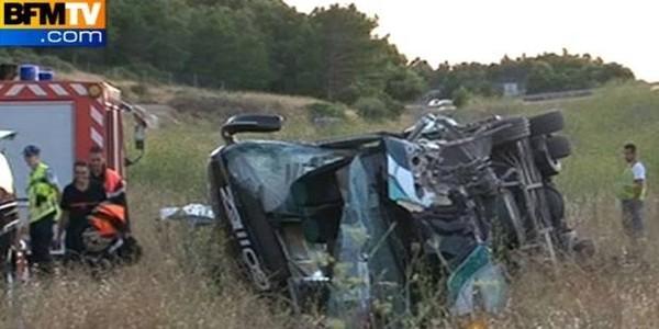 France: 2 morts et 30 blessés dans un accident de car Eurolines