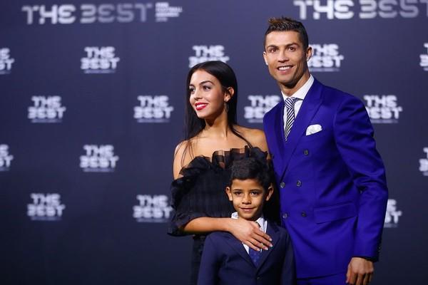 Cristiano Ronaldo, avec Georgina Rodriguez c'est officiel