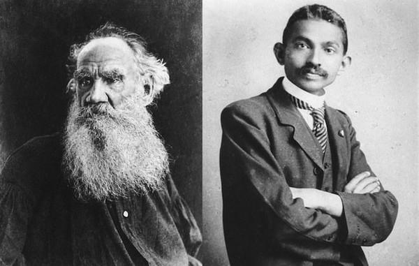 """Lettre de Léon Tolstoï à Gandhi : """"Il n'y a qu'une solution, celle de la reconnaissance de la loi d'amour et du refus de toute violence."""" - Des Lettres"""