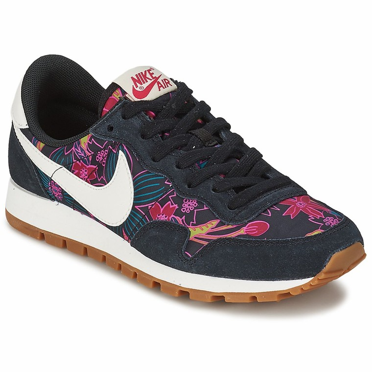 baskets basses nike air pegasus 39 83 print noir baskets femme spartoo tendance mode femme. Black Bedroom Furniture Sets. Home Design Ideas