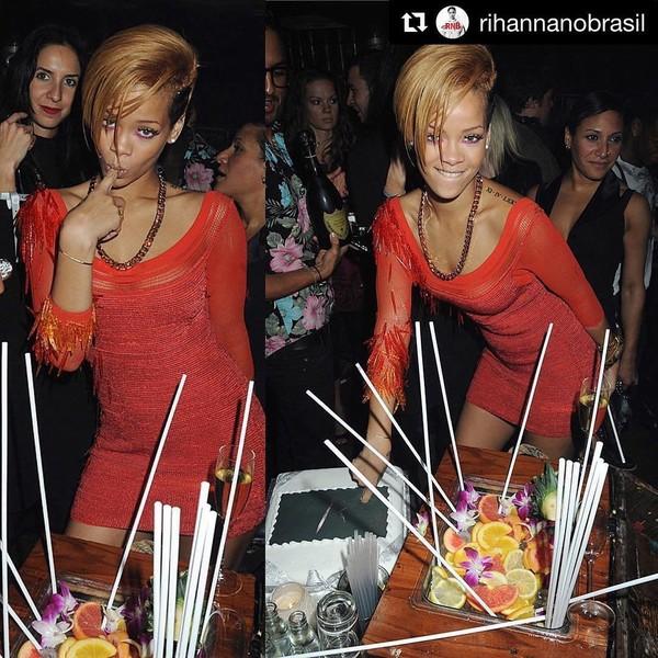 Instagram photo by Rihanna Daily • Oct 12, 2016 at 2:07am UTC