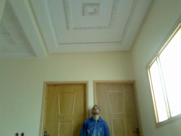 فن الجبص المغربي الاندلسي بمدينة القصر الكبير عادل2012/12/18