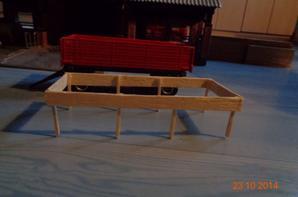 Realisation de rehauses en bois enlevable sur la benne 4 roues