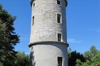 Pique -nique entre soeurs et beaux-frères à la tour Matagrin.
