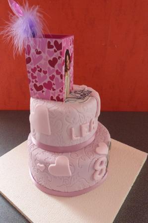 birthday cakes violetta