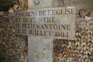 L'ossuaire de la place Denfert Rochereau  (Catacombe de paris) Prt 8