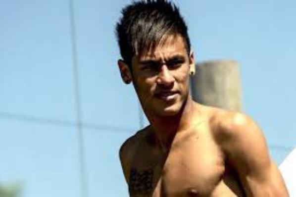 cristiano ronaldo il est beau ou neymarc