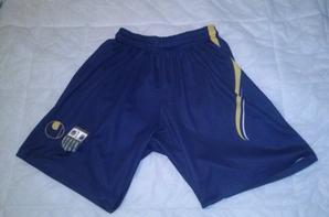 Shorts saison 2011/2012 (40euros) + short offert par Julien