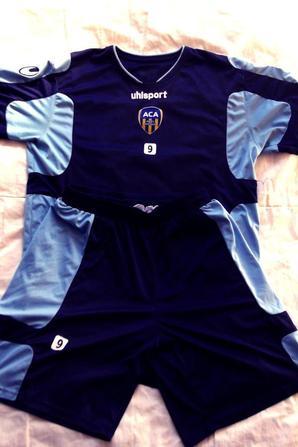 Articles d'entrainement Luigi Pieroni (saison 2011/2012).