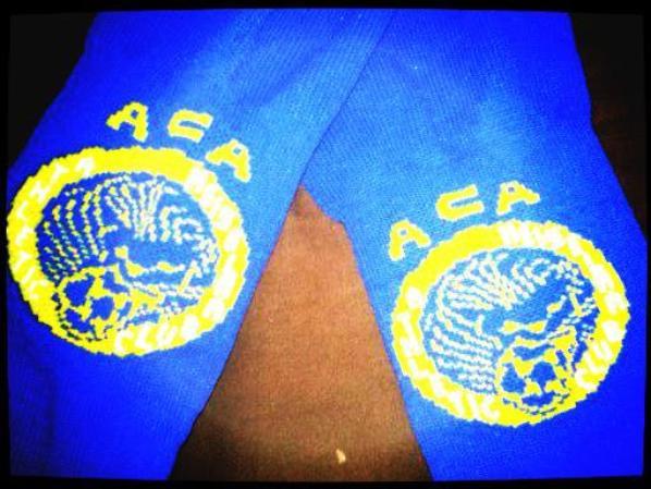 Paire de chaussettes mythiques de l'A.C.ARLES nationale (saison 2008/2009environ)