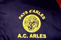 AVEC LE JOLI LOGO A.C.ARLES (2008/2009)