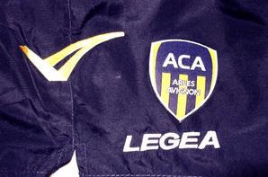 SHORT ET CASQUETTE LEGEA (SAISON 2013/2014).