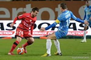 Short exterieur Erwan Quintin saison 2013/2014 (5euros).