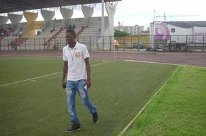 AU STADE CHAMPROUX D'ABIDJAN