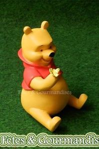 Winnie l'ourson bapteme TIRELIRE naissance cadeau deco chambre enfant figurine 10X13 CM