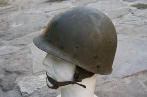 Casque d'un chef de section des parachutistes du 1er RCP dans les Ardennes !!!