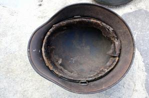 Casque Allemand camouflé 3 tons mle 40 LW .