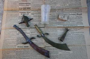 objets de tranchée , savon Allemand , verre Allemand ( don de Yann MARCHAL  )