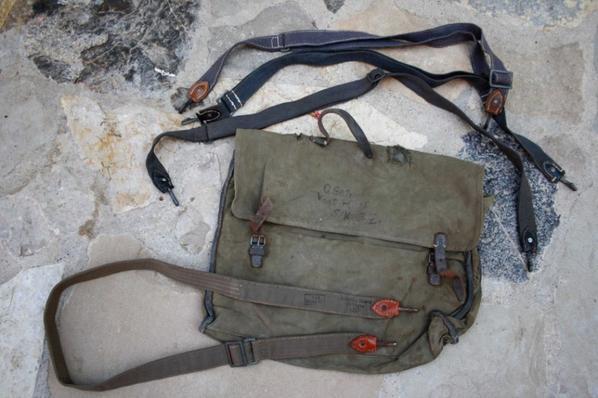 Sac d'allègement et sangle de sac à pain Allemand WW2.