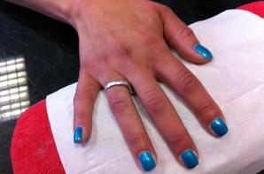 pose d'ongle gel bleu turquoise quick epil proepil