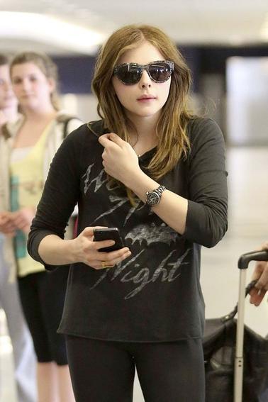 1/04/2013 Chloe Arrive l'aéroport à Los Angeles