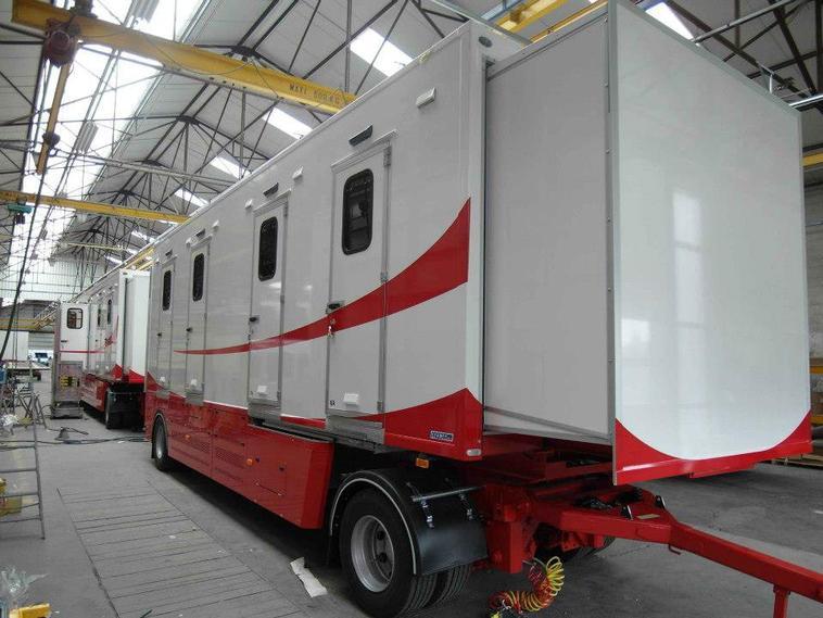 Arlette Gruss > Des nouveaux vehicules