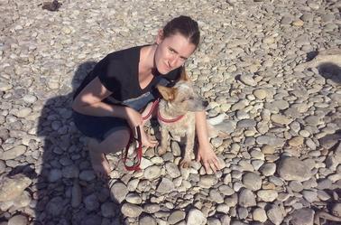 Petite ballade à la rivière avec Jana