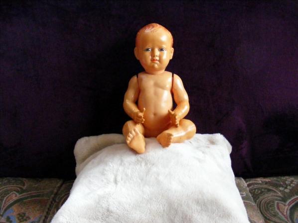Bonjour à tous !mon baigneur viens d'arrivé petit colin 45 cm en celluloïd.