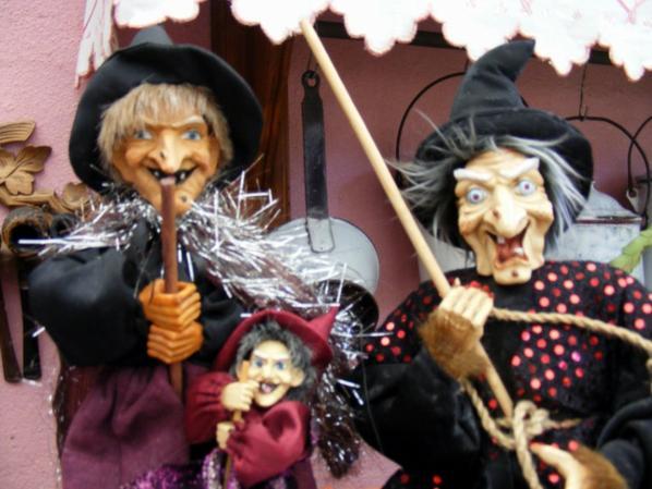Happy Halloween pour demain à vous tous+++++